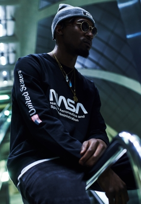 Bluza maneca lunga NASA US negru Mister Tee