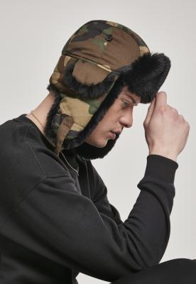 Caciula care acopera urechile Printed wood-camuflaj Urban Classics