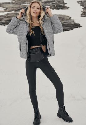 Jacheta matlasata carouri AOP pentru Femei alb-negru Urban Classics