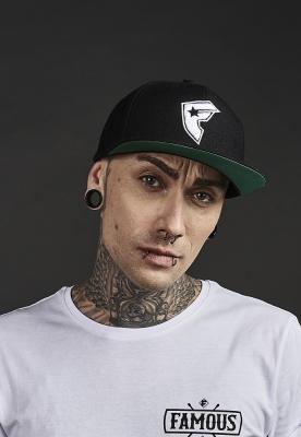 Sepci rap Snapback Famous Logo negru