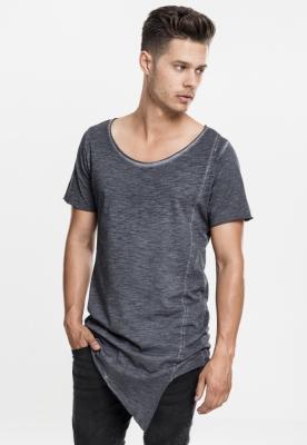 Tricouri lungi in colturi barbati
