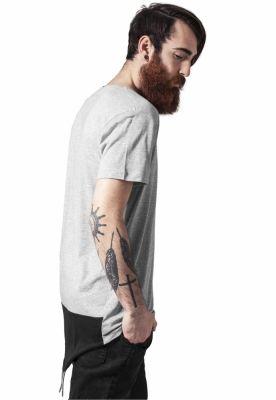 Tricouri lungi in spate barbati